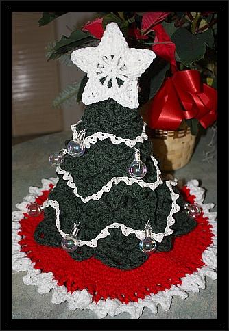 christmas star mini tree topper free pattern chelseacraft. Black Bedroom Furniture Sets. Home Design Ideas